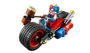 gotham-city-chase-lego-harley-quinn